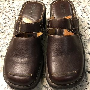 Born Brown Clog Leather Mules with buckle. Size 8